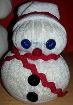 pupazzo-di-neve-con-calzini