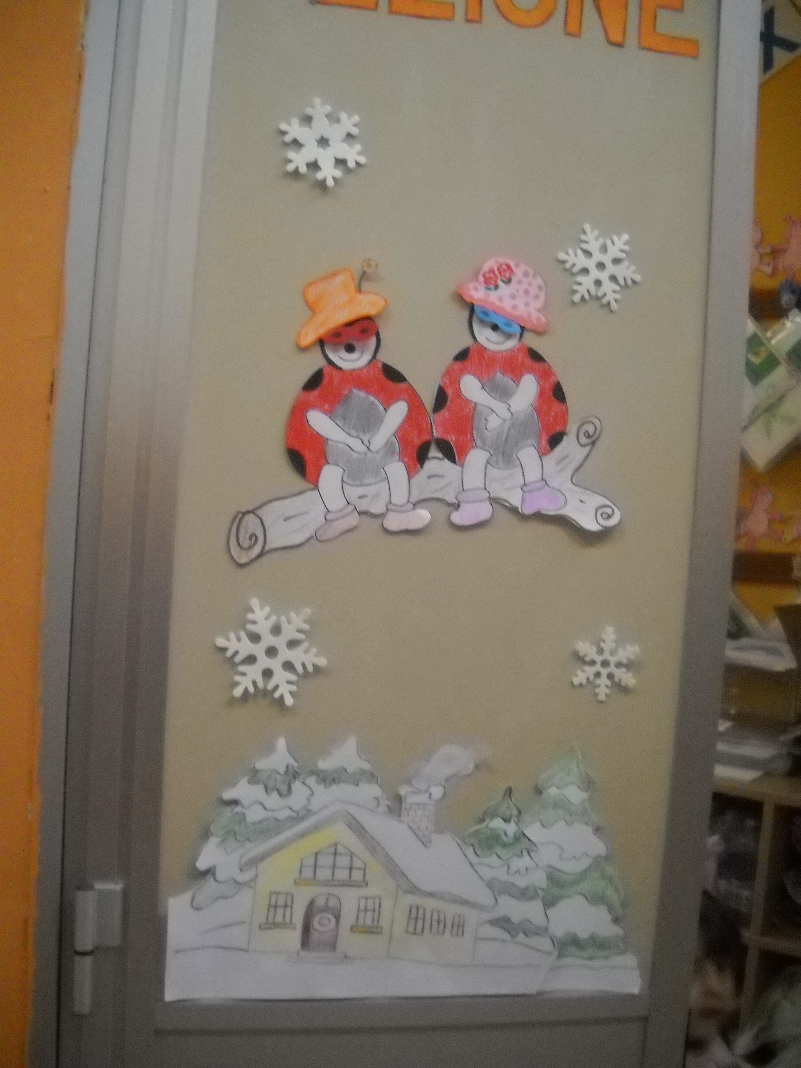 Lavoretti inverno maestramaria - Addobbi natalizi per la porta ...