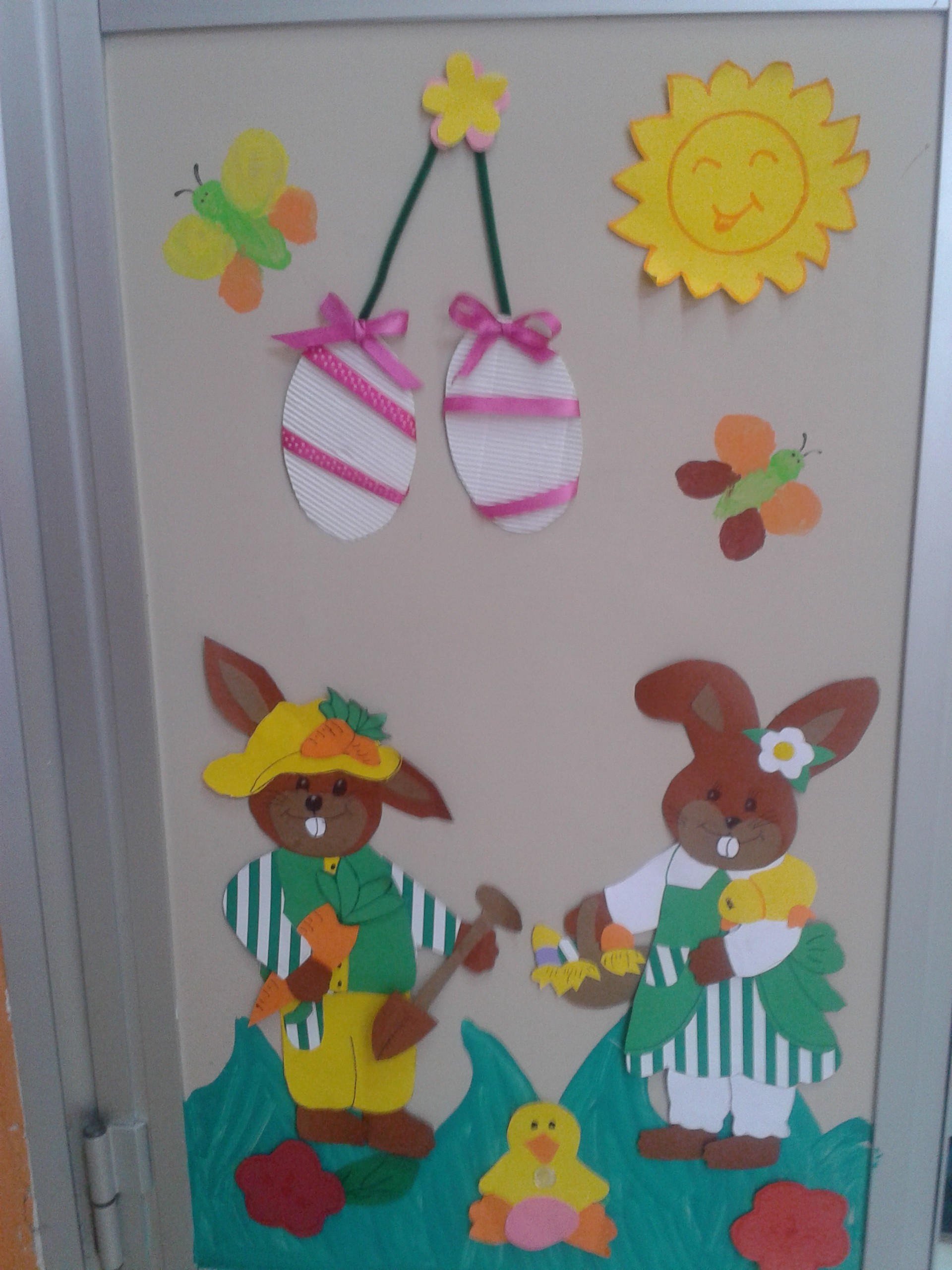 Addobbi di primavera maestramaria - Decorazioni finestre aula ...