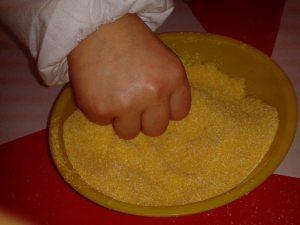 Apercezione tattile con farinaA