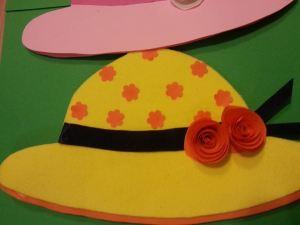 cappello giallo