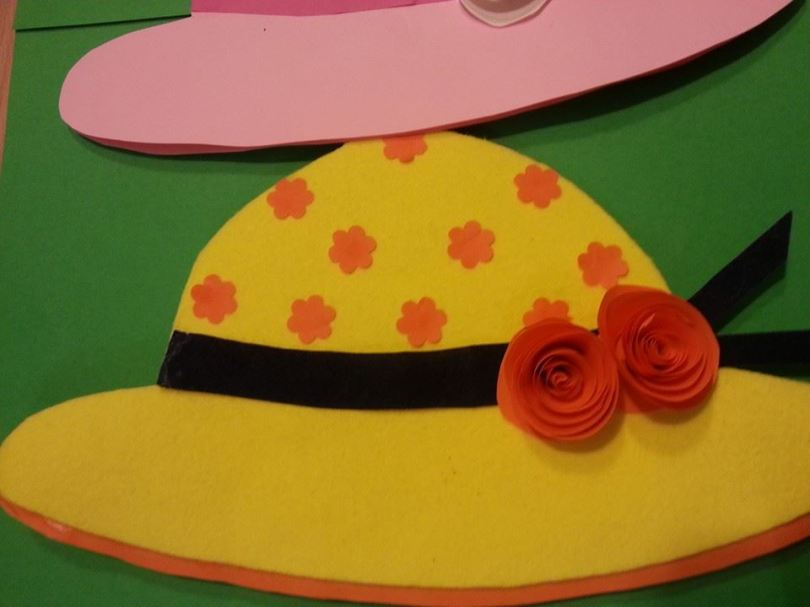 Biglietti per la festa della mamma cappellini 64e32f99b2af